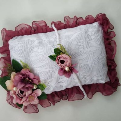 11_Wine_offwhite_lace_pillow_tieback_setfor_newborn_baby