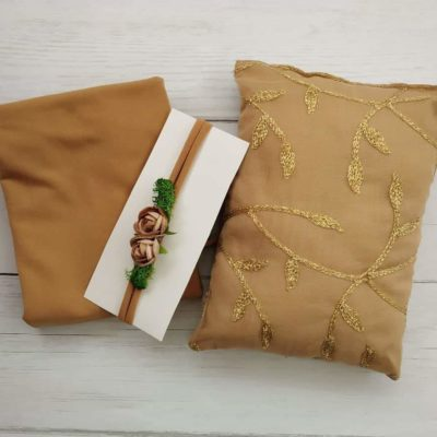 8_beige_lace_pillow_wrap_tieback_setfor_newborn_baby